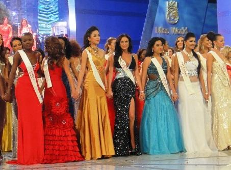 Kiều Khanh trong đêm chung kết Hoa hậu thế giới - 1