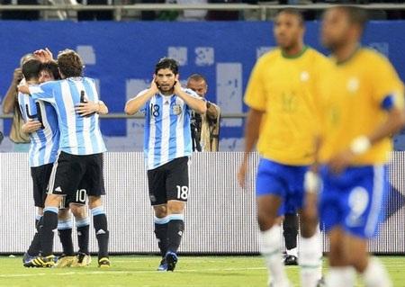 Tuyệt tác của Messi giúp Argentina đả bại Brazil - 1