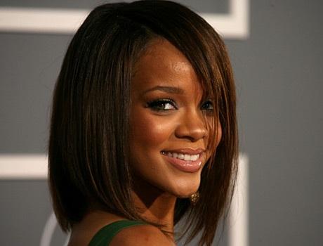 Choáng với những kiểu tóc liên tục thay đổi của Rihanna - 4