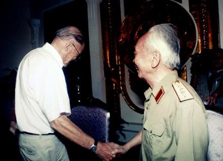 Những bức hình chưa từng công bố về Đại tướng Võ Nguyên Giáp - 8
