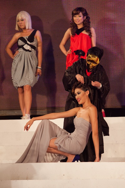 Vietnam's Next Top Model: Tỏa sáng trên sàn catwalk - 3