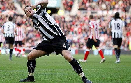 Những khoảnh khắc ấn tượng vòng 23 Premier League - 1