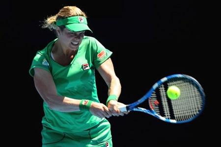 """Federer """"thoát hiểm"""", Clijsters tiếp tục dương uy - 2"""