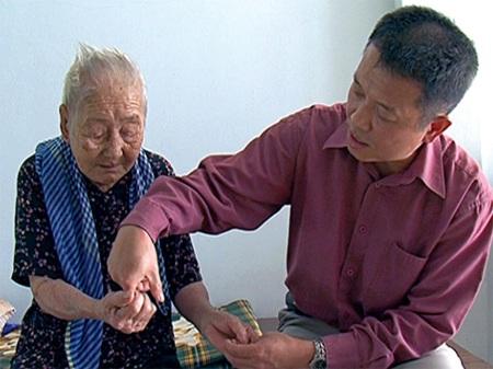 Giáo sư Việt kiều trả ơn quê hương - 1