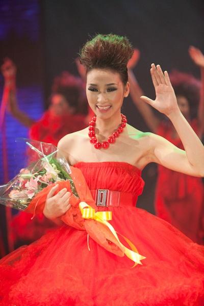 Huyền Trang trở thành Vietnam's Next Top Model - 1