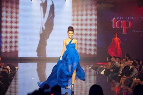 Huyền Trang trở thành Vietnam's Next Top Model - 17