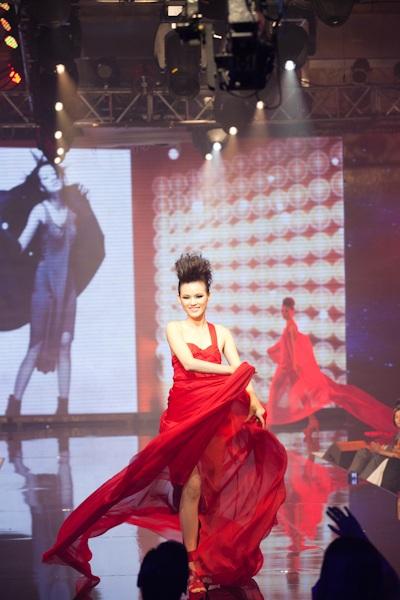 Huyền Trang trở thành Vietnam's Next Top Model - 16