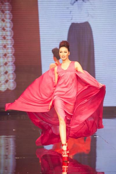 Huyền Trang trở thành Vietnam's Next Top Model - 14
