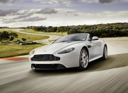 Thêm phiên bản Aston Martin V8 Vantage S  - 1