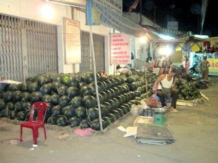 Chen chân đi chợ Tết ngoại thành - 5