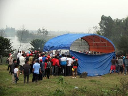 Hà Tĩnh: Tìm thấy xác người nhảy sông tự vẫn - 1