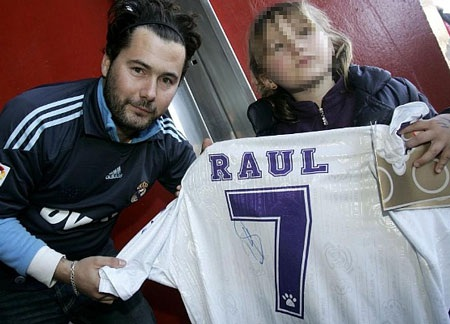 Raul được chào đón trong ngày trở lại Tây Ban Nha - 3