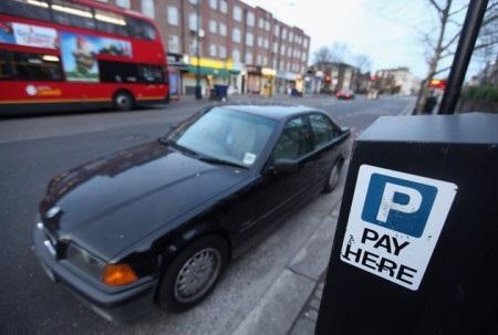 Vé phạt đậu xe - Nguồn thu lớn của London - 1