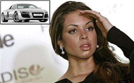 """Thủ tướng Italia bị tố """"mua 13 xe hơi tặng các người tình"""" - 1"""