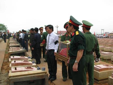 Lào bàn giao 71 bộ hài cốt liệt sĩ cho Việt Nam - 3