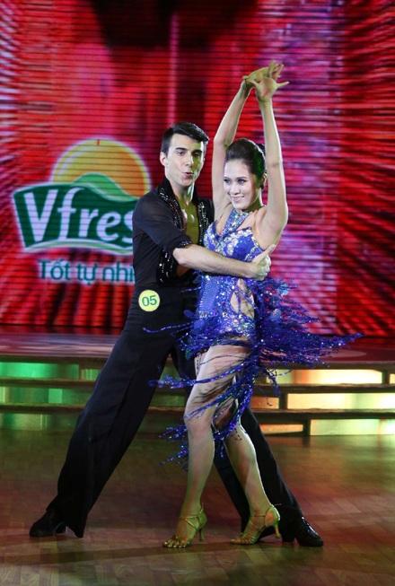 Thu Minh, Thanh Thúy cao điểm nhất đêm thi đầu Bước nhảy Hoàn vũ - 16