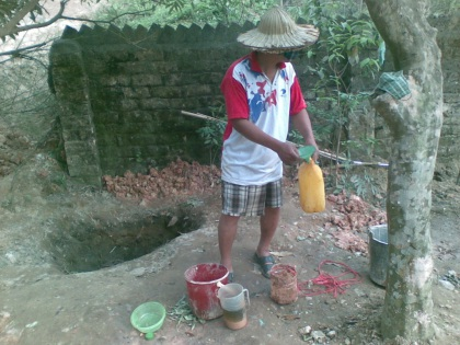 Yêu cầu doanh nghiệp để rò rỉ xăng dầu cấp nước sạch cho dân - 2