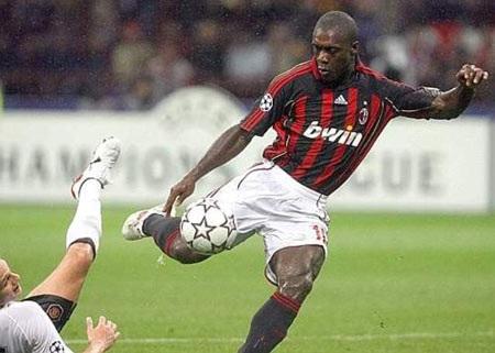"""AC Milan tiếp tục trì hoãn gia hạn với """"công thần"""" - 1"""
