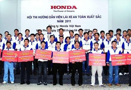 Hướng dẫn viên lái xe an toàn xuất sắc năm 2011 - 4