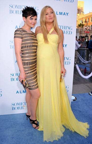 Kate Hudson rực rỡ váy vàng - 18