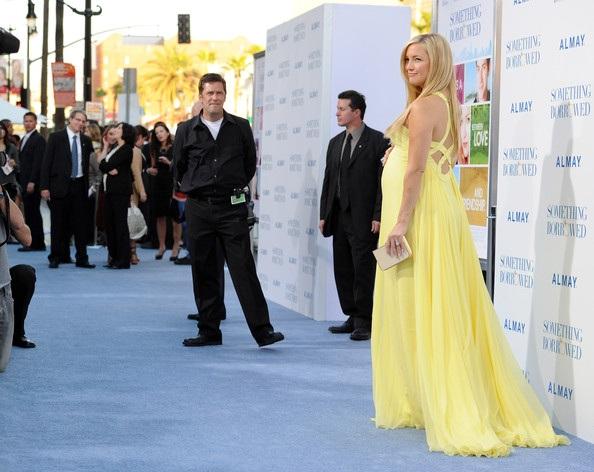 Kate Hudson rực rỡ váy vàng - 5