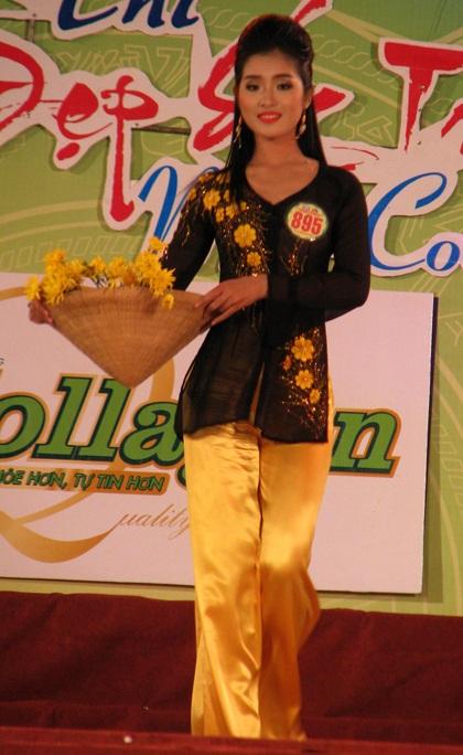 """Nguyễn Minh Như Anh đăng quang """"Người đẹp Sóc Trăng 2011"""" - 3"""