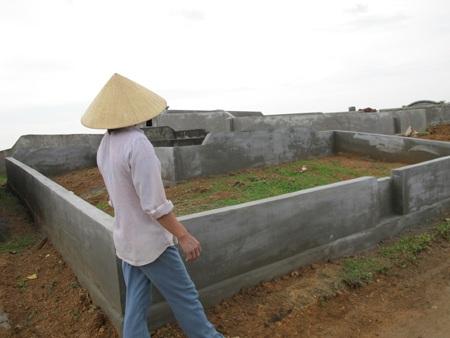 Cả làng đi tranh... đất nghĩa địa  - 17