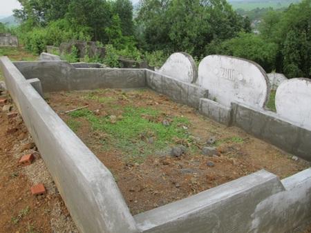 Cả làng đi tranh... đất nghĩa địa  - 18