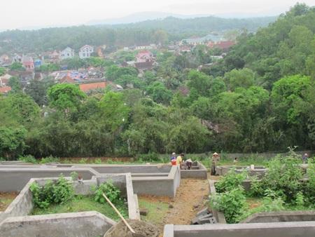 Cả làng đi tranh... đất nghĩa địa  - 6