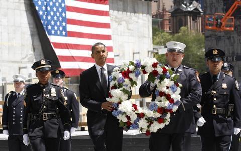 Tổng thống Mỹ thăm khu tưởng niệm 11/9 - 1