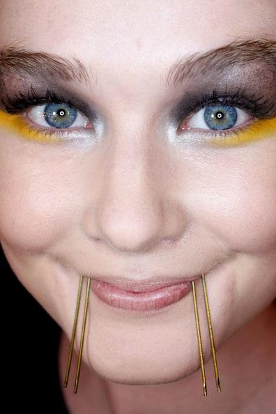 Màu mắt ấn tượng của Josh Goot  - 2