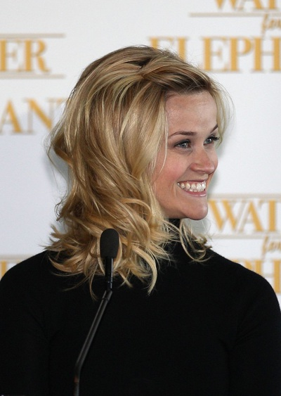 "Robert Pattinson - Reese Witherspoon: ""Đọ dáng"" với voi - 14"