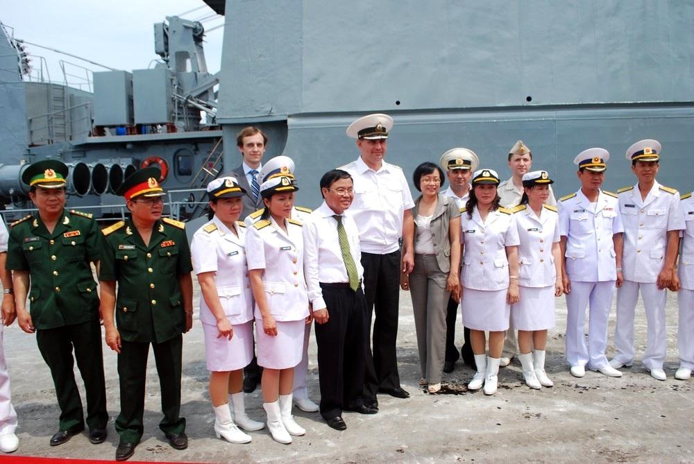 Tàu chiến hạm đội Thái Bình Dương hải quân Nga thăm Đà Nẵng - 3
