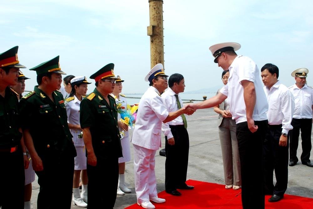 Tàu chiến hạm đội Thái Bình Dương hải quân Nga thăm Đà Nẵng - 2