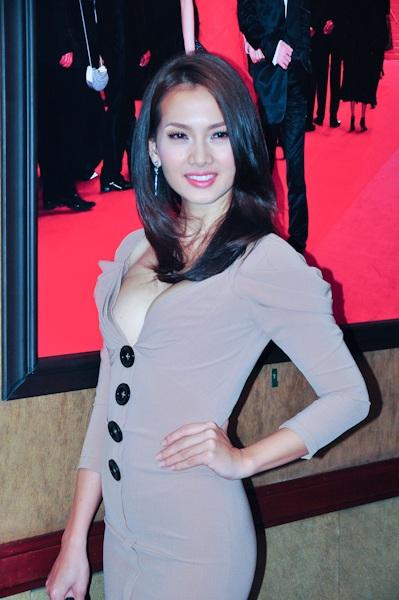Thanh Hằng, Anh Thư dự liên hoan phim Cannes - 2