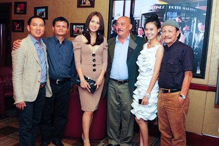 Thanh Hằng, Anh Thư dự liên hoan phim Cannes - 1