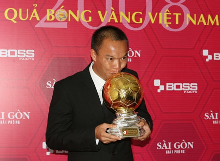 Nhiều ngôi sao tụ hội trong gala trao Quả bóng vàng Việt Nam - 1