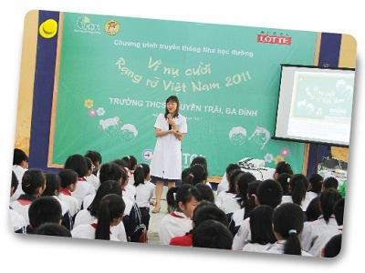 Chương trình Nha học đường - Vì nụ cười rạng rỡ Việt Nam 2011 - 4