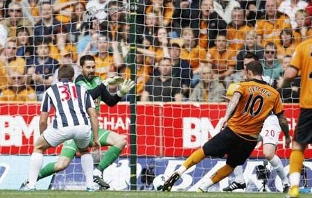Những khoảnh khắc ấn tượng vòng 36 Premier League - 5