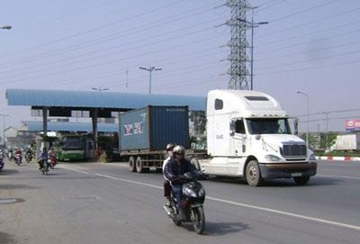 TPHCM chính thức tăng phí đường bộ từ ngày 1/7 - 1