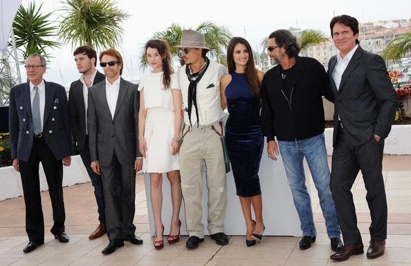 Penelope Cruz sánh đôi Johnny Depp tại LHP Cannes - 10