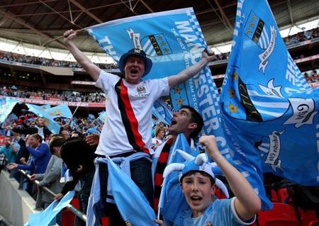 Lễ đăng quang chức vô địch FA hoành tráng của Man City - 11