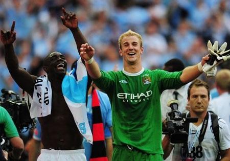 Lễ đăng quang chức vô địch FA hoành tráng của Man City - 2