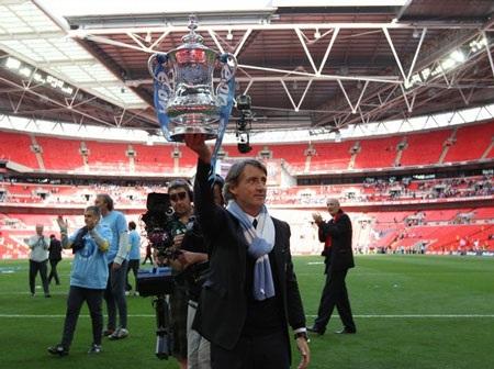 Lễ đăng quang chức vô địch FA hoành tráng của Man City - 7