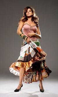 Chân dung cựu Hoa hậu Hoàn vũ từng lên bìa Playboy - 5