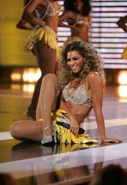 """Màn trình diễn làm """"nóng"""" mắt của Beyoncé - 6"""