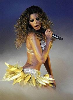 """Màn trình diễn làm """"nóng"""" mắt của Beyoncé - 1"""