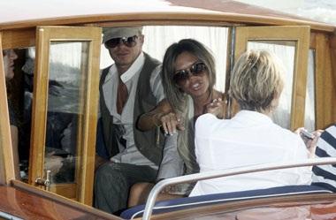 Vợ chồng Beckham đã đến Venice! - 4
