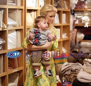 Britney Spear và Paris Hilton ngày càng trở nên thân thiết - 6
