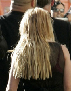 "Kevin ""lật mặt"" với Britney - 2"
